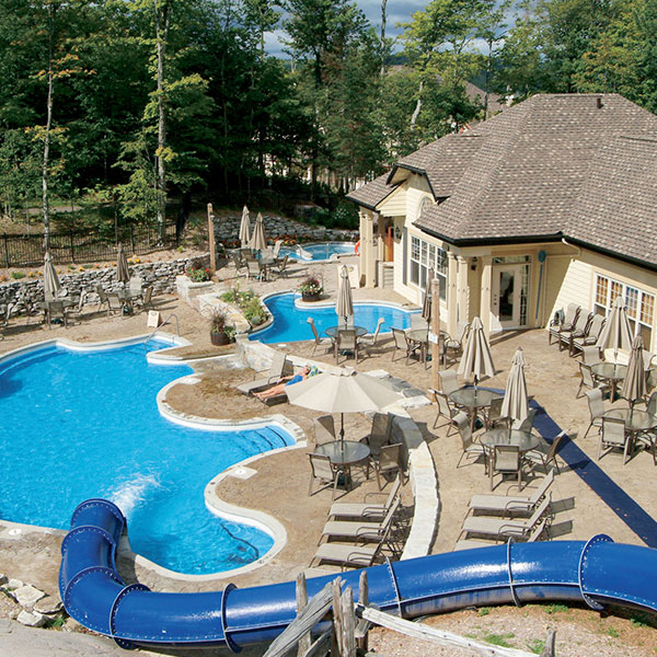 Cap Tremblant hotel Pool_summer