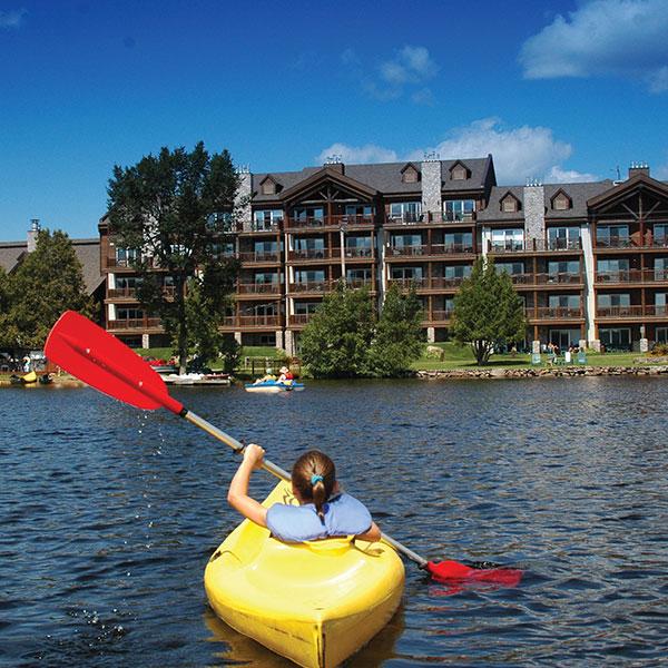 Le Grand Lodge Mont Tremblant Kayak