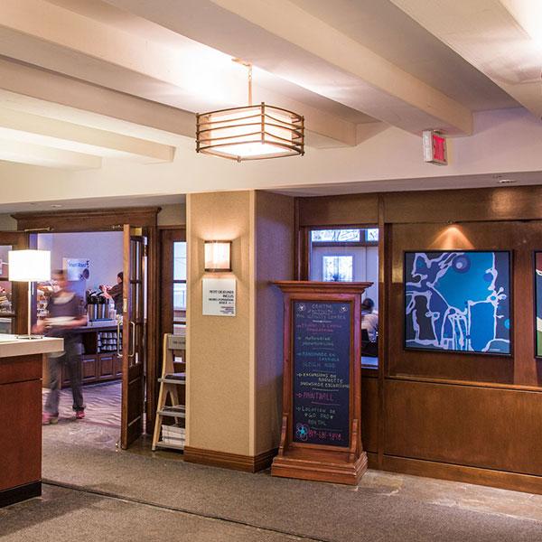 Mont Tremblant Holidat Inn hotel lobby